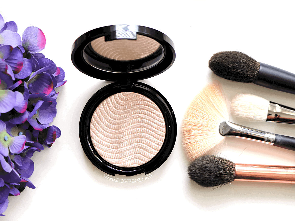 The New Highlighting Powder You Might Need: Make Up For Ever Pro Light Fusion