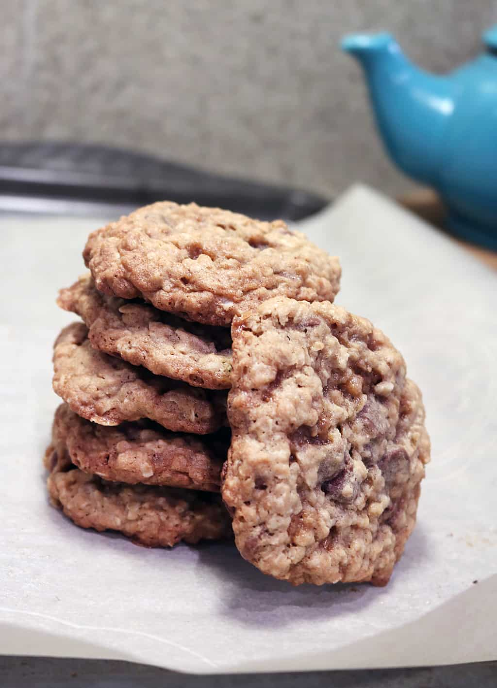 The Oatmeal Chocolate Chip Cookies You'll Get Asked to Bake