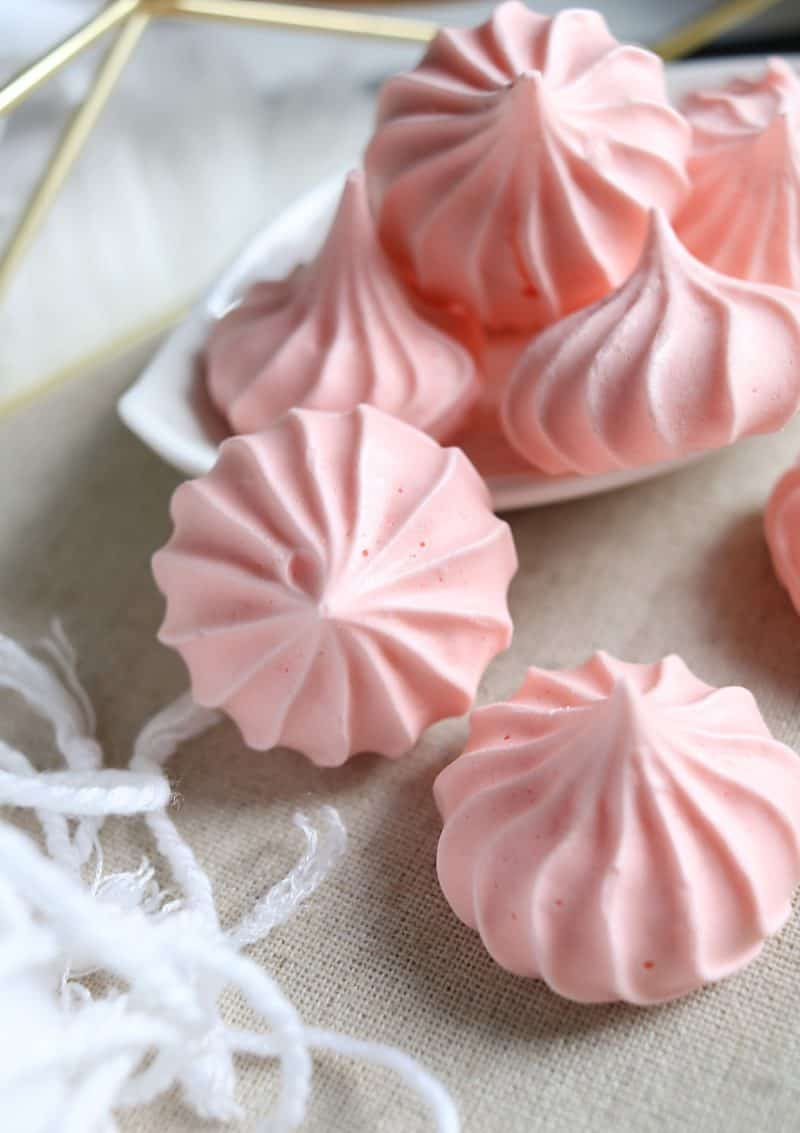 Easy Vegan Meringues made with aquafaba
